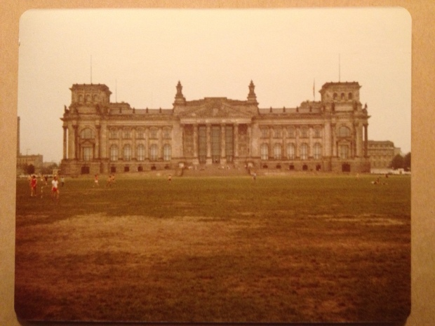 Reichstag building, Berlin (Photo: DY, 1981)
