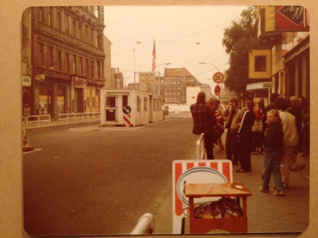 Checkpoint Charlie, Berlin (Photo: DY, 1981)